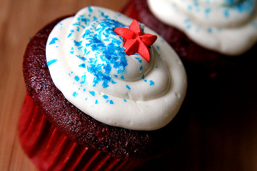 Red Velvet Cupcakes with Coconut Buttercream Frosting – A Cup of ...